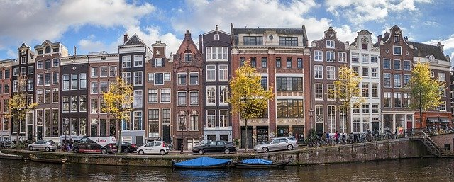Smoking cannabis in the best Amsterdam coffeeshops