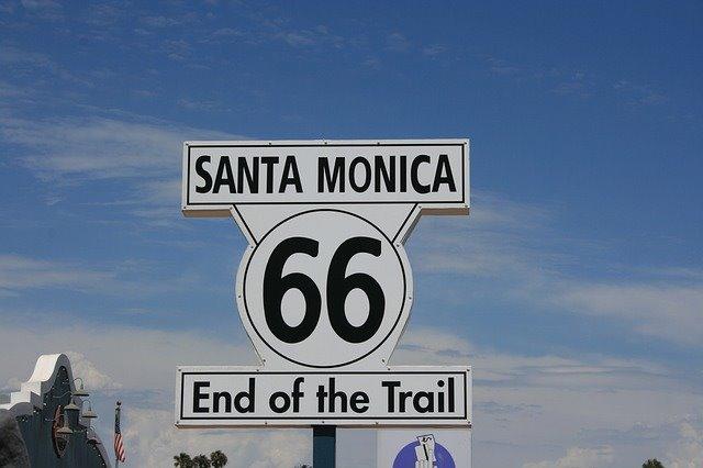 Buying marijuana on Route 66-marihuana en ruta 66