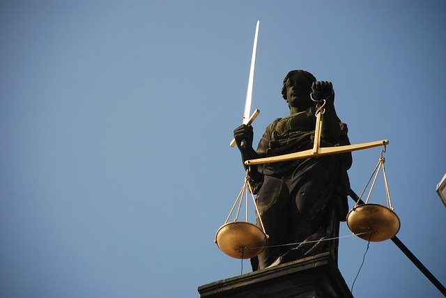 Debate among US federal prosecutors about cannabis